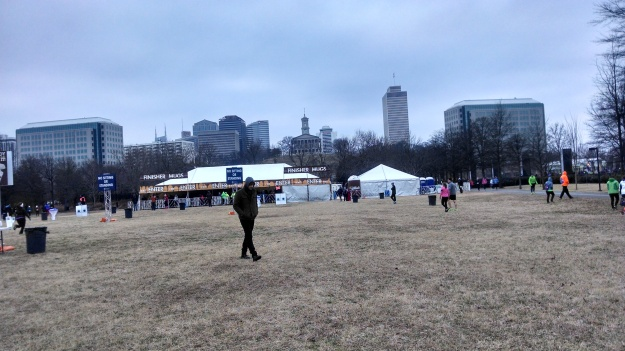 Waiting for the race. (Most of the 5,000 participants are huddled in the merchandising tents attempting to avoid frostbite)